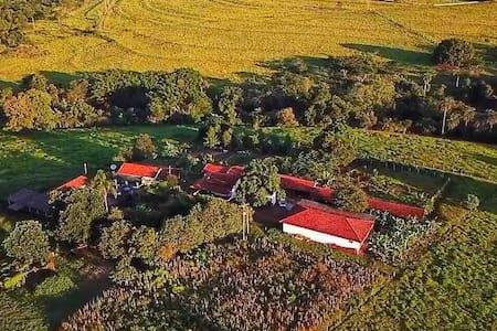 Villa da Vida - Fazendinha Orgânica - (CASA 1)
