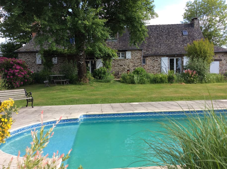 Guests have access to the family terrace, garden and swimming pool