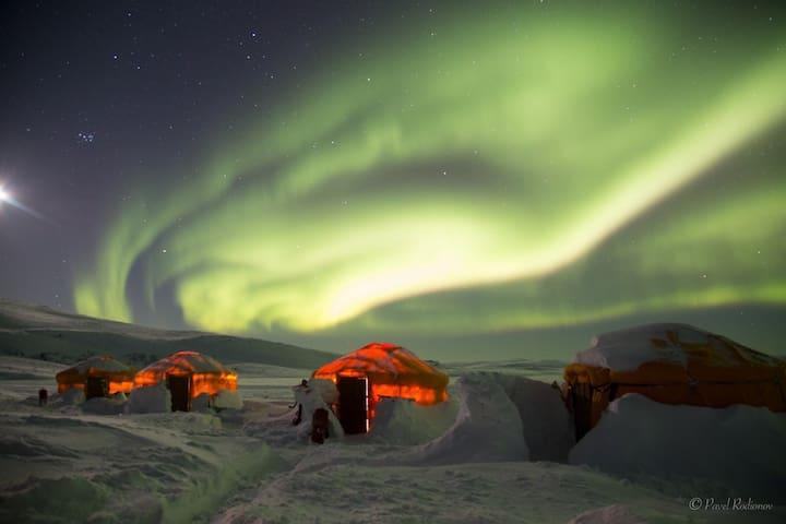 Northen Light camp
