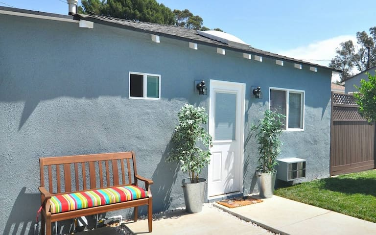 Large independant studio with sunny private patio