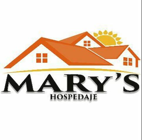 Hospedaje Mary's Habitación de 4 recamas $1150
