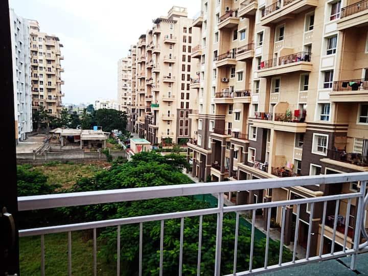 2 BHK Apartment in Undri, Nr Corinthian club Undri