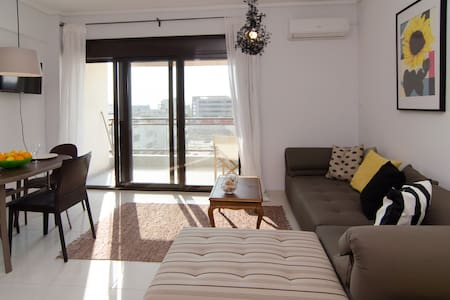 New, sunny, central 2 bedroom apart - Θεσσαλονίκη - Lejlighed