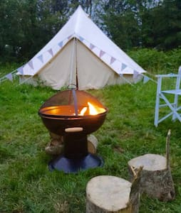 Comfy camping! Bell tent with beds - Vines Cross - Zelt