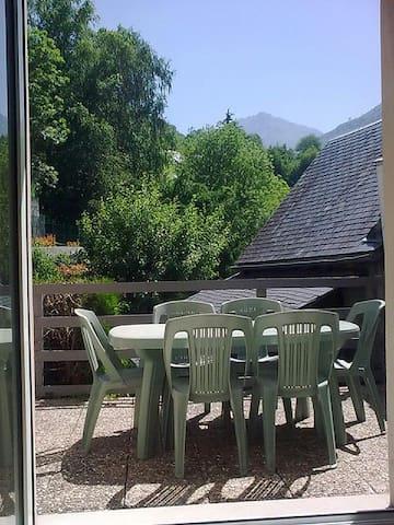 Charmant duplex avec terrasse proche village - Luz-Saint-Sauveur - Apartamento