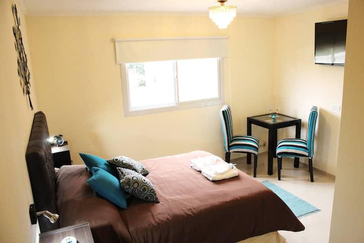 Villa Cabrera suite 3, nueva y con estacionamiento