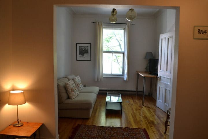 2 bedroom apartment well located in Little Italy