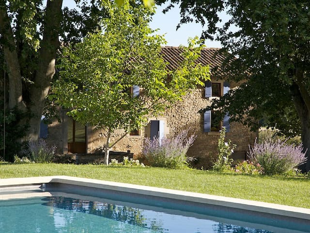 «Mas» style house, 12m per 5m heated pool