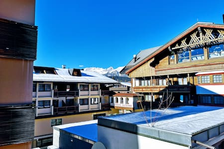 Deluxe Seefeld Balcony Apartment, free parking!