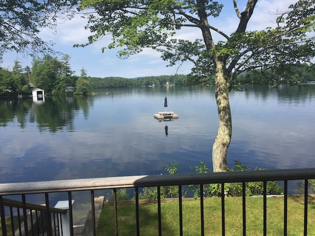 Lake Front Vacation Property, Private Setting