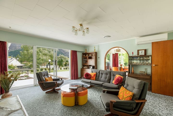 Four Bedroom House at Arrowtown Motel Apartments