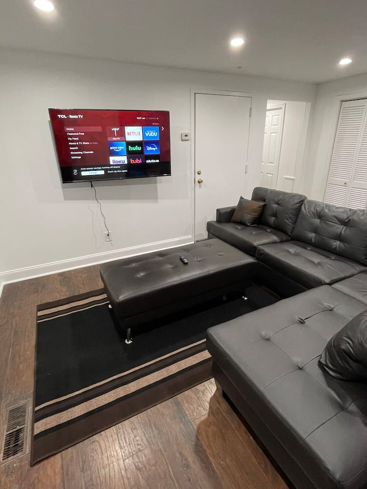 Beautiful remodeled Apartment brand new furniture