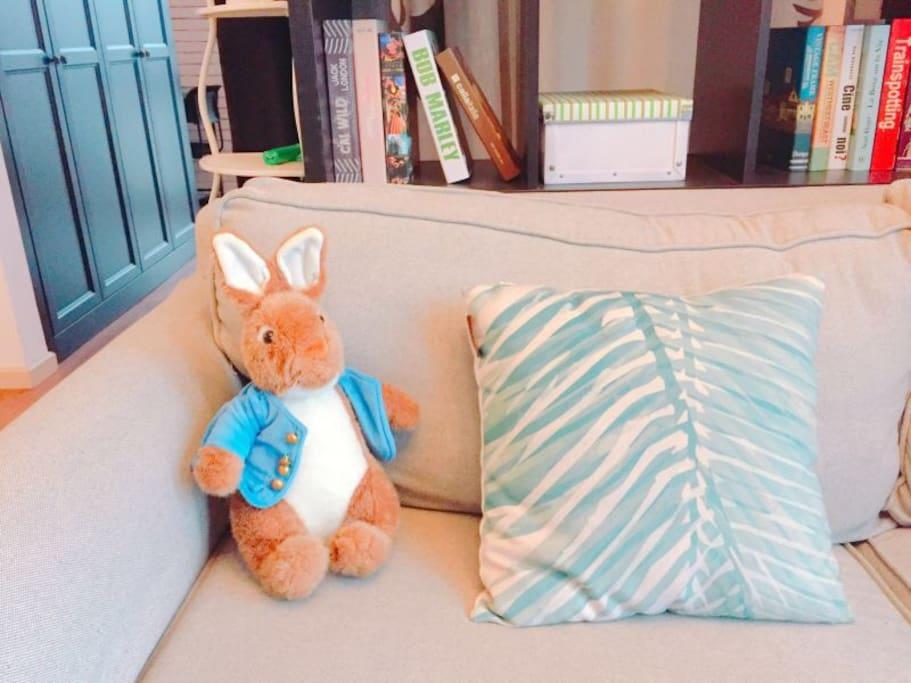 这个小兔子是美美自己带来的哟