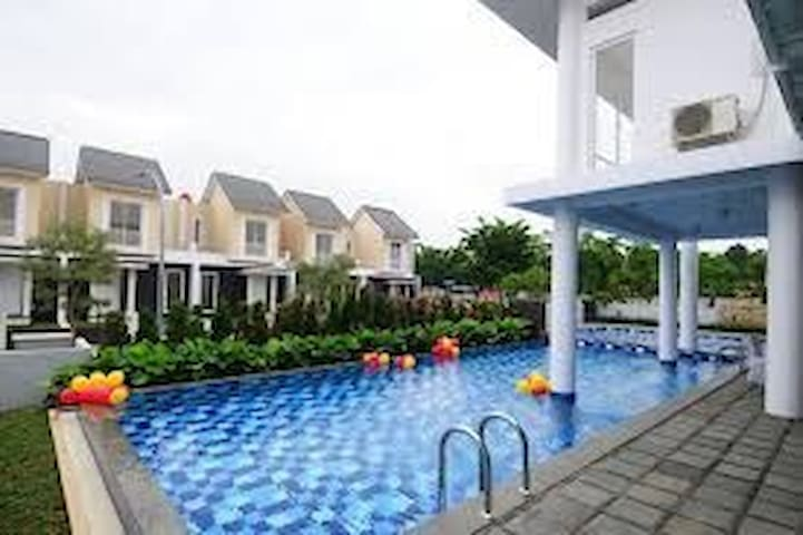 New Cozy Home, Green Serpong Bintaro, near BSD