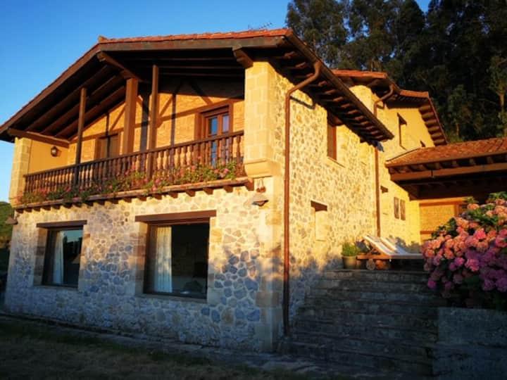 Country house Omoño. Near Somo. Cantabría