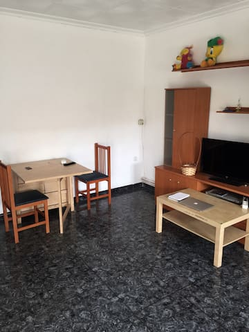 Piso en terrassa, con parking - Terrassa - Appartement