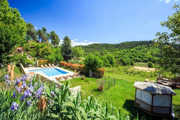 Vacances dans le luberon en Provence - Villelaure - Přírodní / eko chata