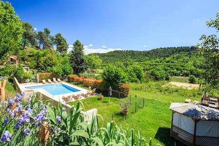 Vacances dans le luberon en Provence - Villelaure