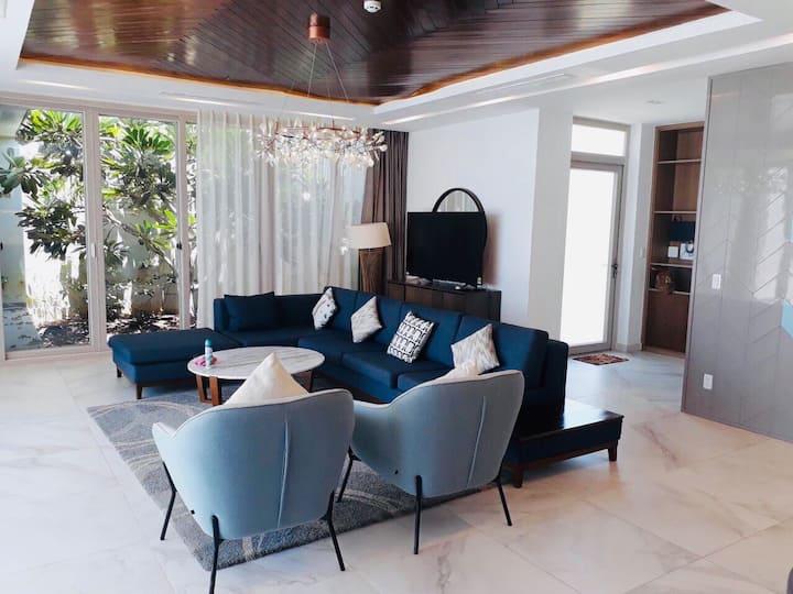 Oceanami Beachfront Villa-4 Bedroom *FreeBBQ