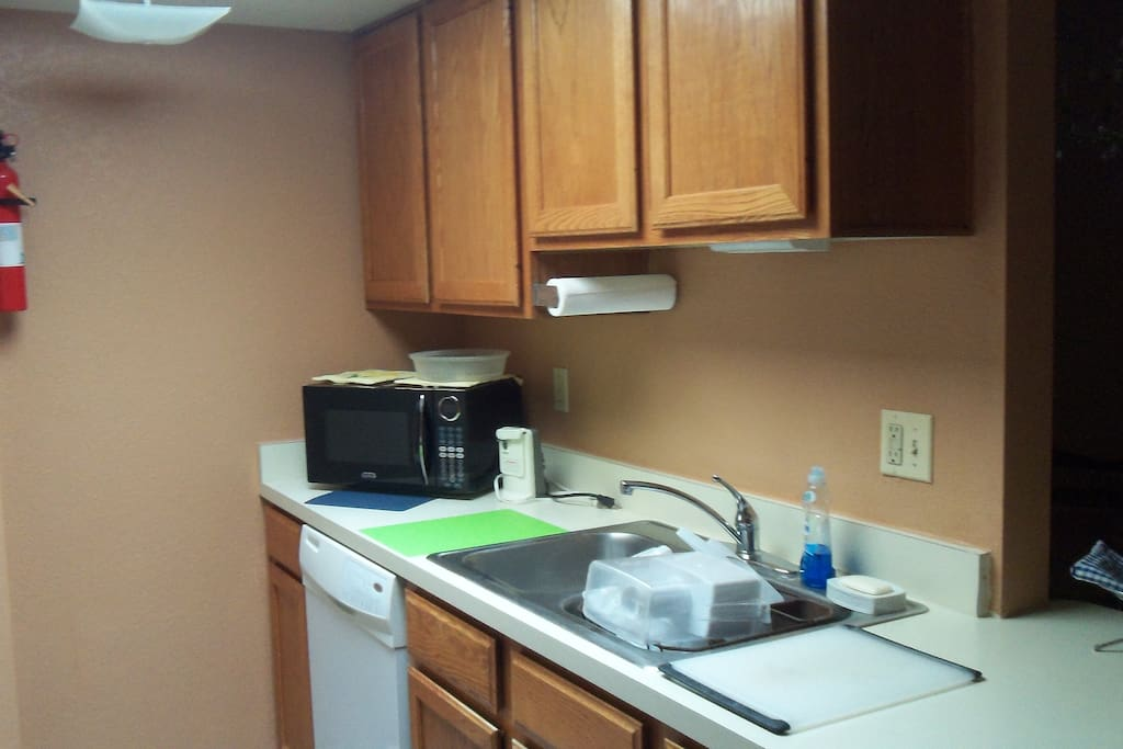 Dishwasher, microwave, double sink