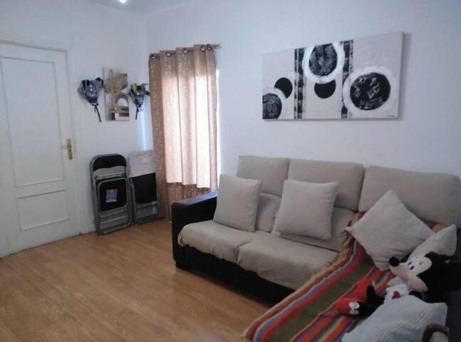 1 habitación en usera Madrid