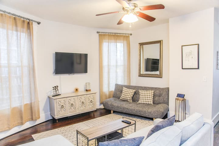 Chic East Nashville Bungalow 5 Min From Downtown!