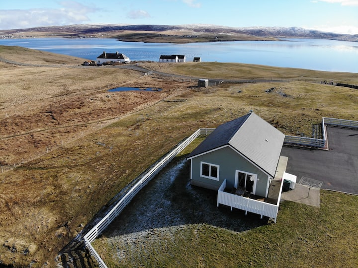 Spectacular Shetland Waterside Location