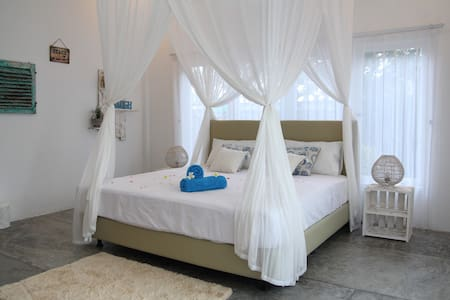Lovely Boho Pool room, Rice Field views - North Kuta