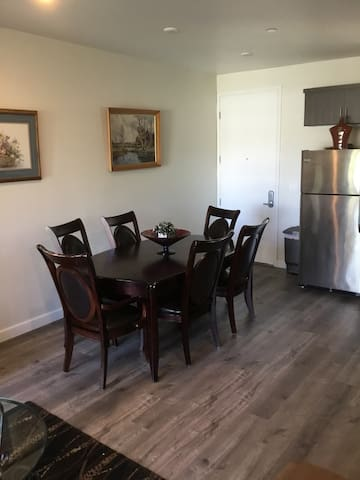 1bd/1bath, brand new apt fully furnished /sofa bed - Los Angeles - Apartment