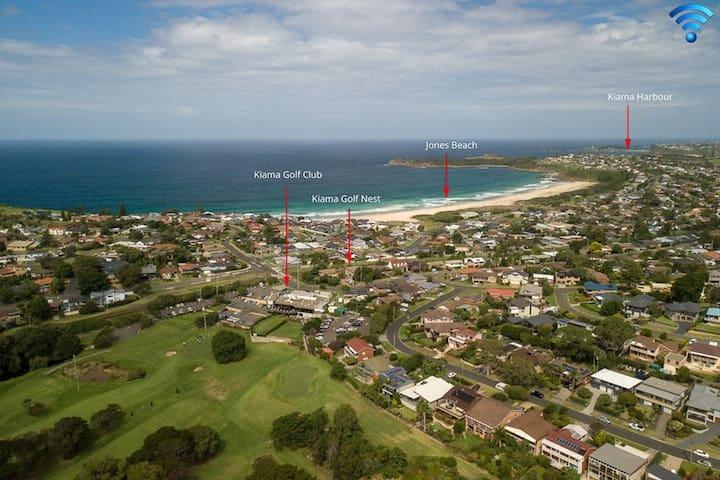 Kiama Golf Nest - Hit the greens or hit the beach