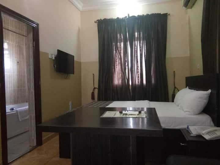 Kapital Klub And Apartments - Standard Room
