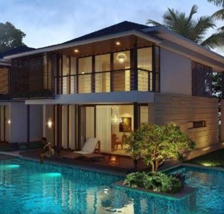 Assagao luxury poolside villa near Vagator beach