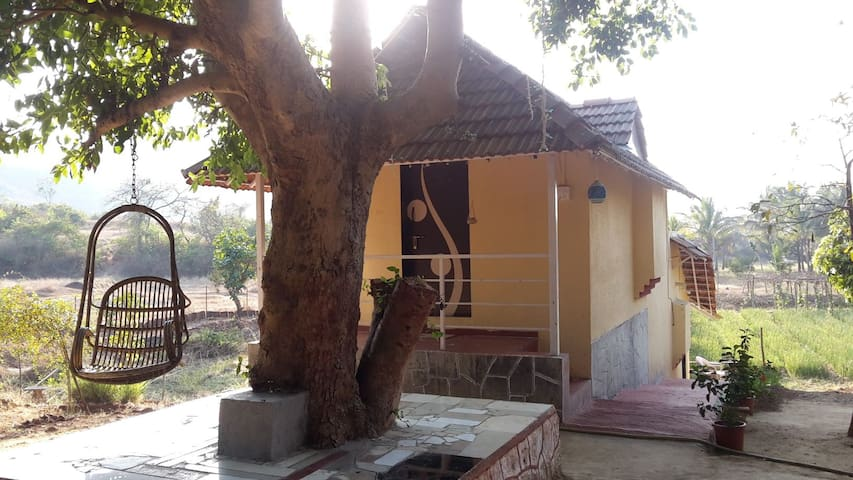 Sade Char anandvan cottage no 2