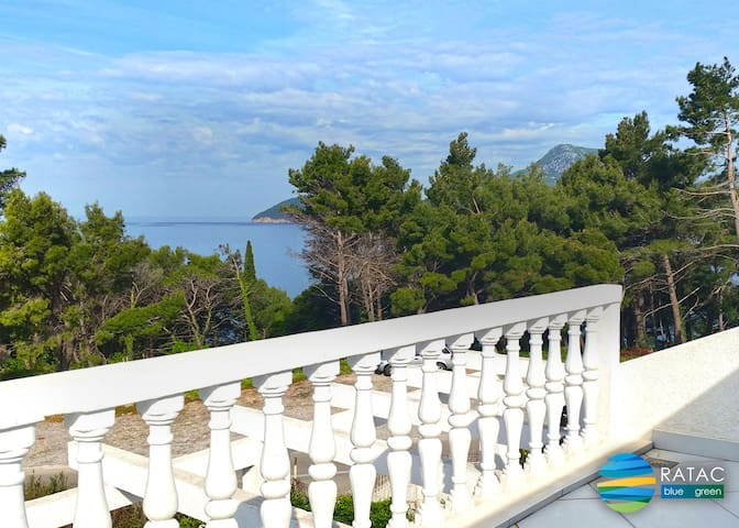 ECO RATAC - PENTHOUSE sea view terrace three-room