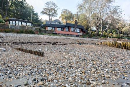 the beach house - Bembridge