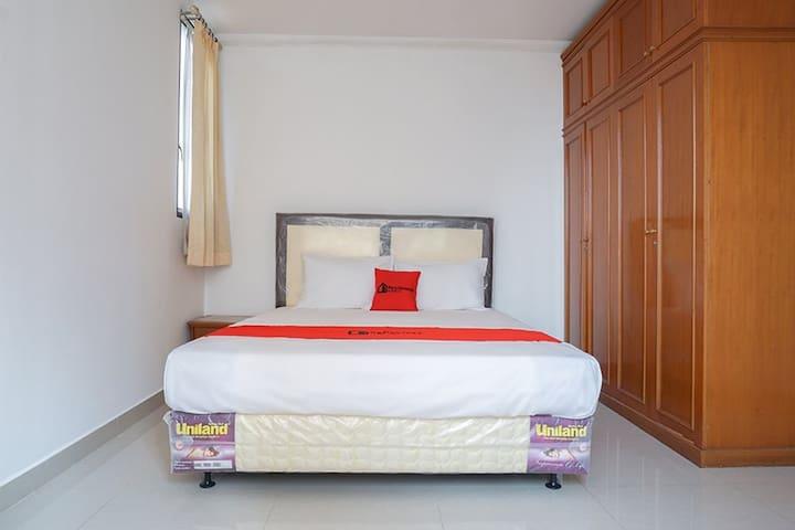 (1 Double) RedDoorz @ Taman Rasuna Apartment 3
