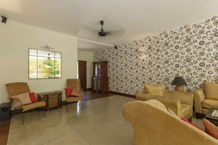 Entire Villa - Colpetty House - Colombo - Bed & Breakfast