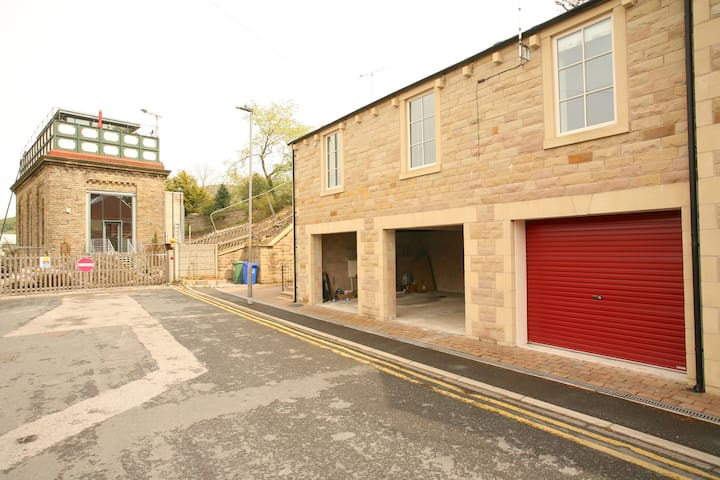 Stationside Apartment in Settle