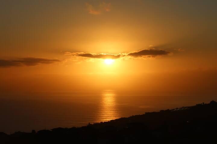 Casa Menezes,Sunrise & Sunset Every Day.