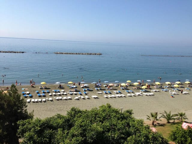 Golden Beach - Limassol - Apartment