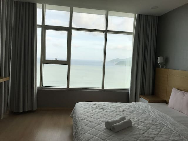 Nha Trang Sea View Honey Apartment