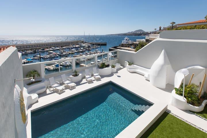 Newport Bay Villa: exclusive & luxury experience
