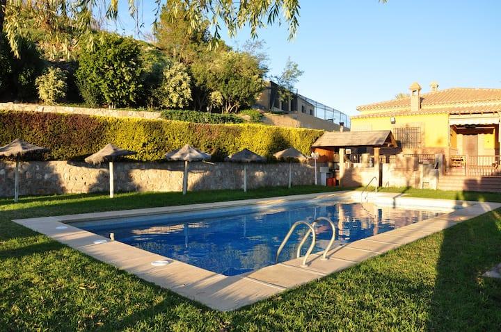 Villa El Capricho de Maria.Large Countryside Villa