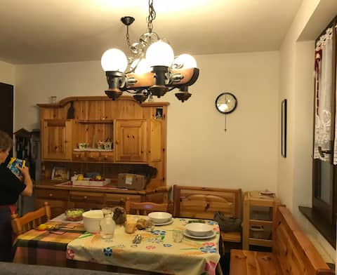 Foppolo, furnished three-room apartment, 4 beds