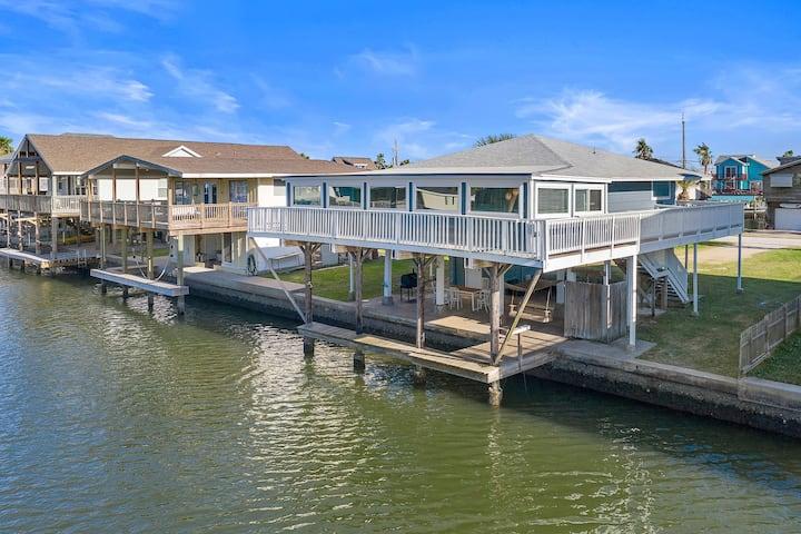 Waterfront | Sea Isle Favorite | Boat Slip