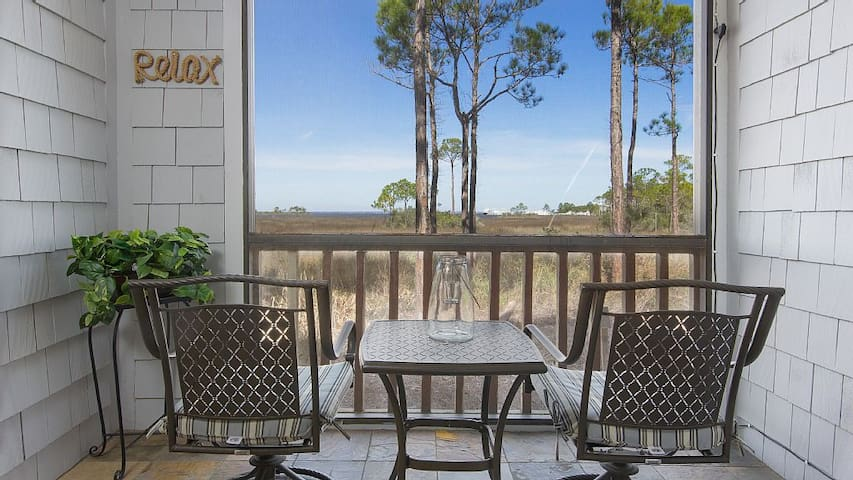 Free Tram ~ Bay Views ~ Upgraded - Miramar Beach
