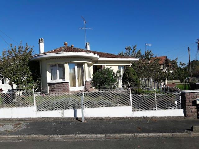 Belle villa spacieuse - Saint-Paul-lès-Dax - Dům