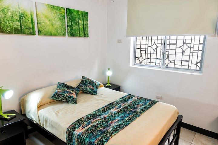 Hab privada 1 persona en Guayaquil centro