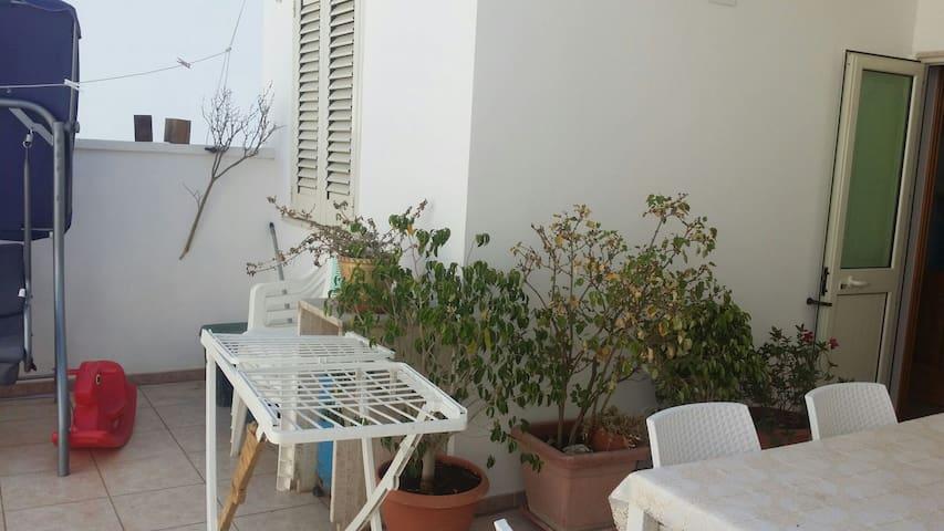 Appartamentino a 100 metri dal mare - Porto Cesareo ( Le) - House