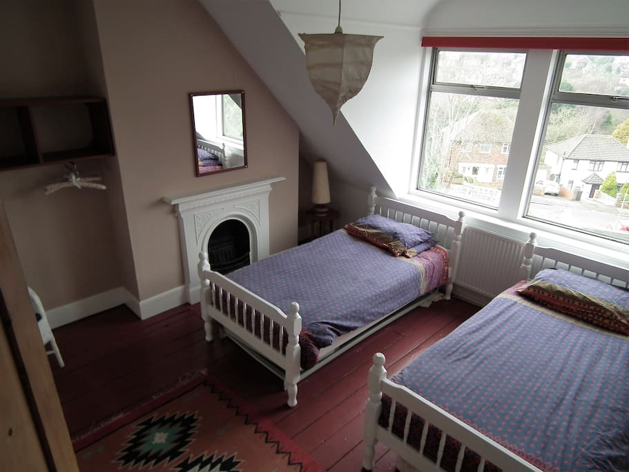 Room 3 (twin beds can be pushed together if required)